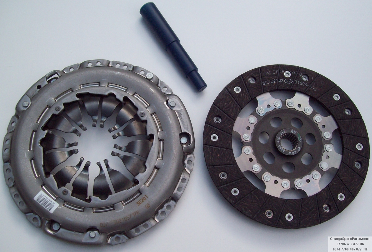 2335400QAL Fits Nissan Cube Z12 Clutch Kit 2009 onward